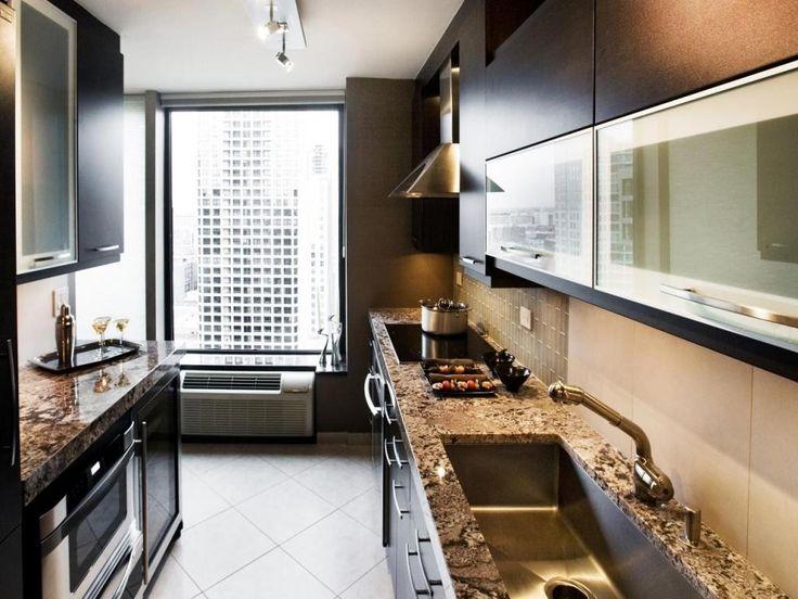 21 best small galley kitchen ideas kleine kche kchengaleere - Galeere Kche Beleuchtung Ideen Bilder