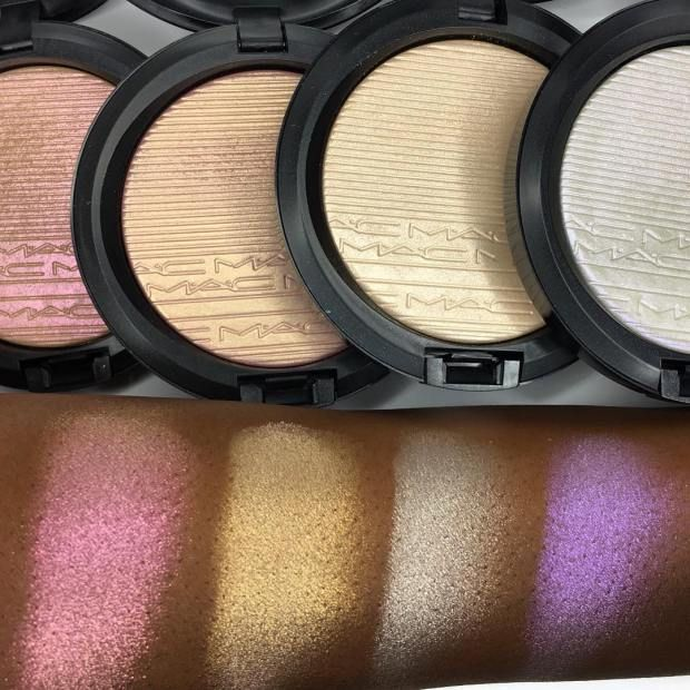 MAC EXTRA DIMENSION SKINFINISH STROBE POWDERS || Show Gold – Peach pearl which reflects pink • Beaming Blush – Pink pearl which reflects gold • Double Gleam – Beige pearl which reflects silver • Soft Frost – White pearl which reflects violet || $33 || Available NOW!!