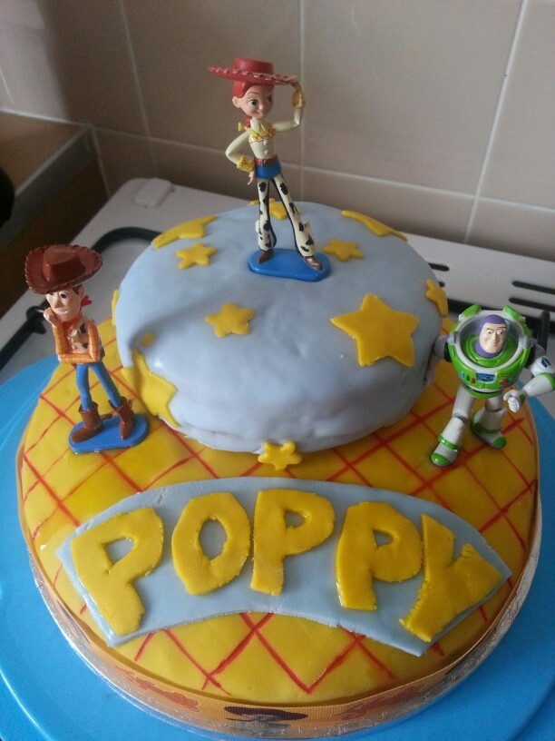 cake my son (9) made for my daughters birthday :)