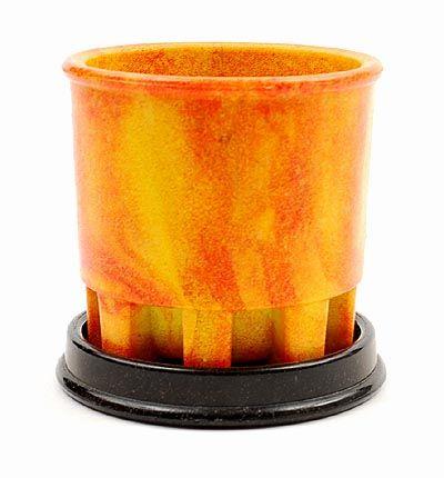 Geel/oranje graniver cactuspot op zwarte graniver onderschotel ontwerp A.D.Copier 1930 uitvoering Glasfabriek Leerdam