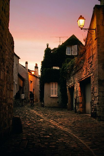 Blue hour - Sunset in Senlis, France