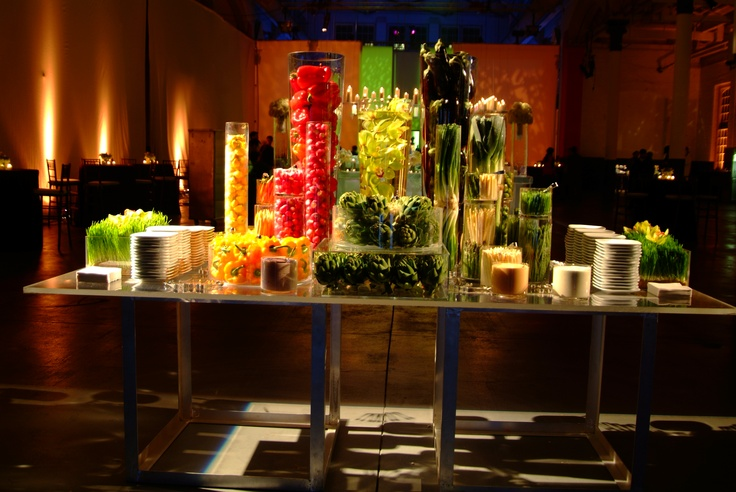 A stunning modern crudite display {Design: TableArt ...