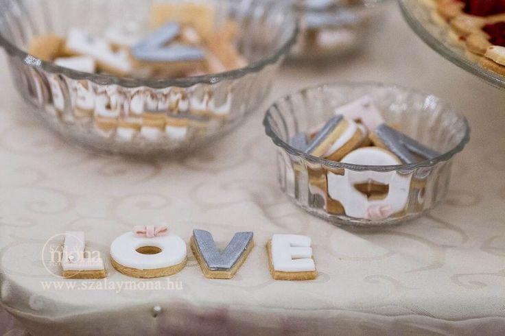 LOVE biscuits   Real wedding desserttable by Marangona   www.marangona.hu