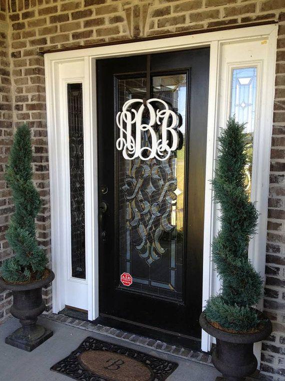 painted wooden monogram monogram wreath wedding by lettermania wreaths pinterest. Black Bedroom Furniture Sets. Home Design Ideas