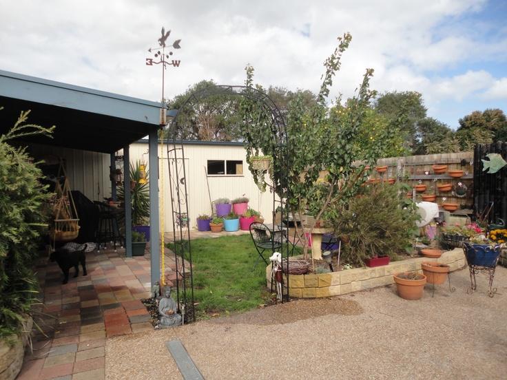 Arch intp herb  & vegi garden