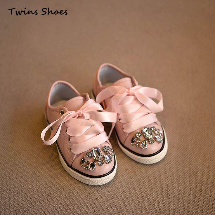 Pas cher 2016 printemps automne baskets blanches garçons mode appartements enfants PU chaussures en cuir pour les filles princesse chaussures rinestone chaussures marque, Acheter  Chaussures de sport de qualité directement des fournisseurs de Chine:                          Chaussures taille tableau                                Âges