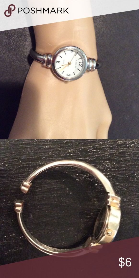 Rumours watch with new battery Rumors watch with new battery, bracelet type watch, see pictures Rumours Jewelry