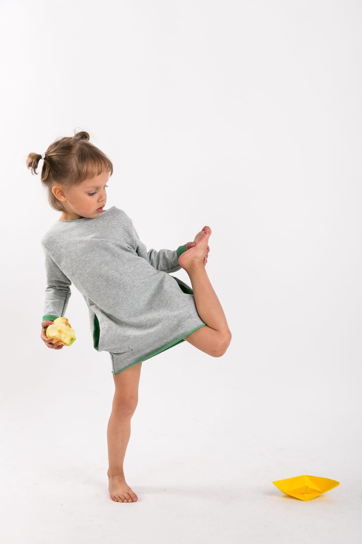 "Girl sweatshirt dress with GREEN ""Two Face"" by The Same - mom & child wear www.thesame.eu"