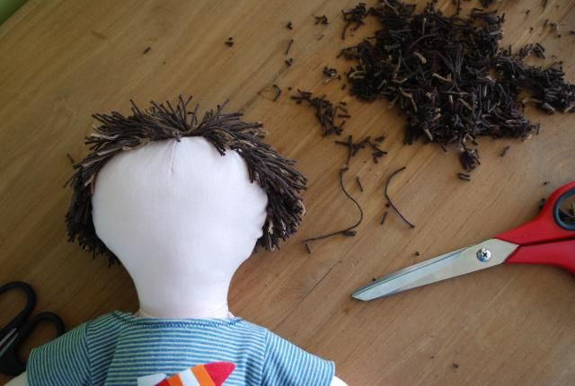 - Sewing: how to make dolls hair « Tantehilde.be