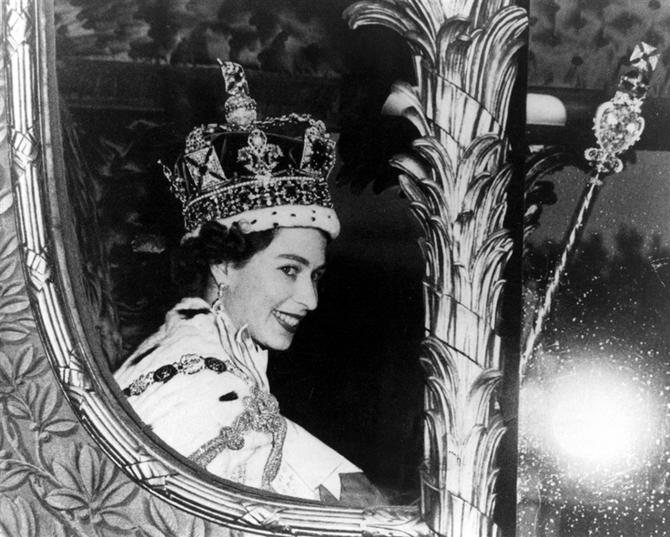 life and influence of queen elizabeth on england The truth behind queen elizabeth's real-life friendship with evangelist   whenever graham came to the uk, the queen would invite him to.
