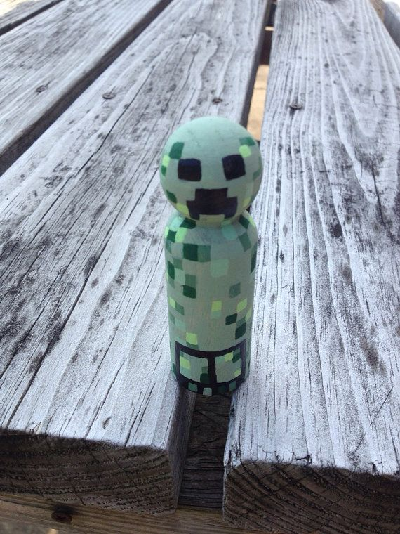 Minecraft Creeper Peg ---- HEY HEY!!!  For more COOL MINECRAFT stuff, check out http://minecraftfamily.com