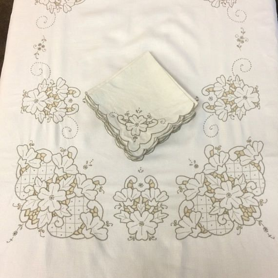 Oblong Linen Tablecloth and 8 Napkins Set Vintage Table Linens
