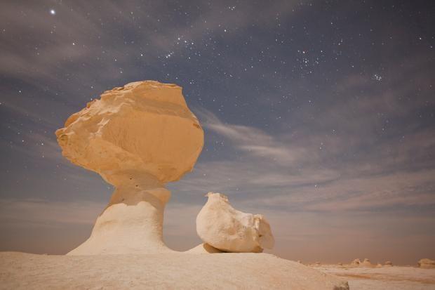 """Für den GEO-Kalender """"Kunstwerk Erde"""" war der renommierte Fotograf George Steinmetz rund um den Globus unterwegs. Die besten zwölf Motive zieren nun den..."""