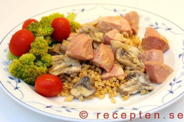 Recept på korvpanna med chili - Billig mat