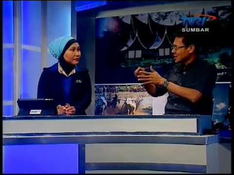 Gubernur Sumbar Irwan Prayitno di TVRI Sumbar dalam acara Berita Ranah Minang sesi Dialog, menjelaskan duduk persoalan dana 1,9 M