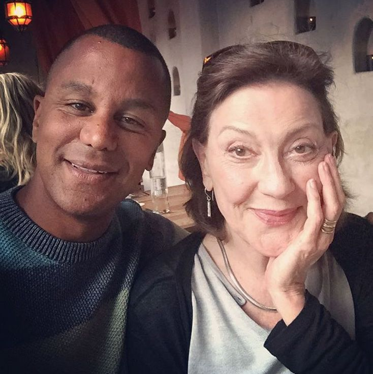 """22 Glorious Behind-the-Scenes Photos from the """"Gilmore Girls"""" Revival Series"""