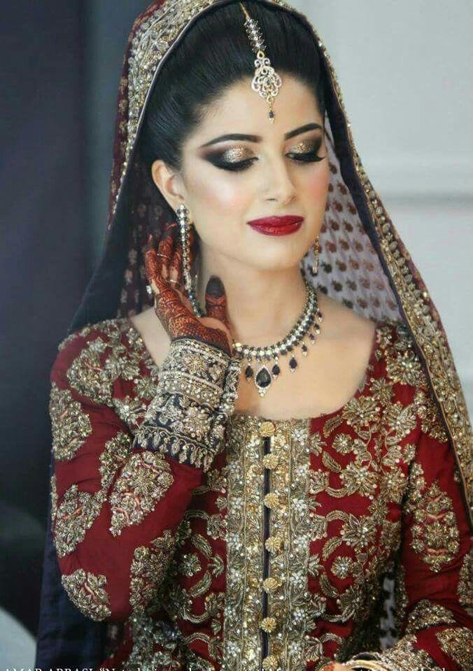Beautiful pakistani bride Outfits Pakistani bridal