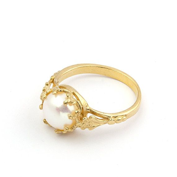 freshwater cultured pearl engagement ring by