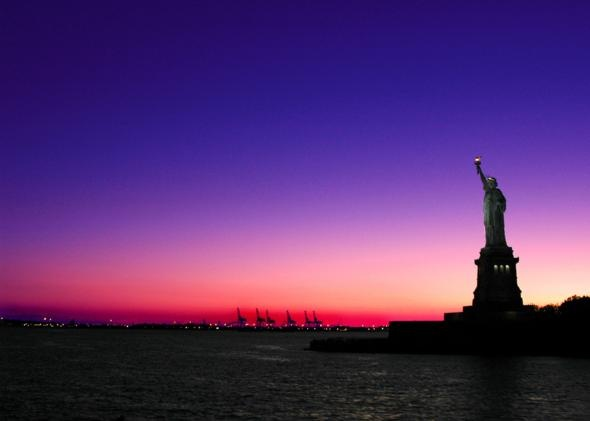Manhattan, New York: Statue Of Liberty, Favorite Places, Lady Liberty, Sunsets, Statues, Beautiful, New York, Nyc, Newyork