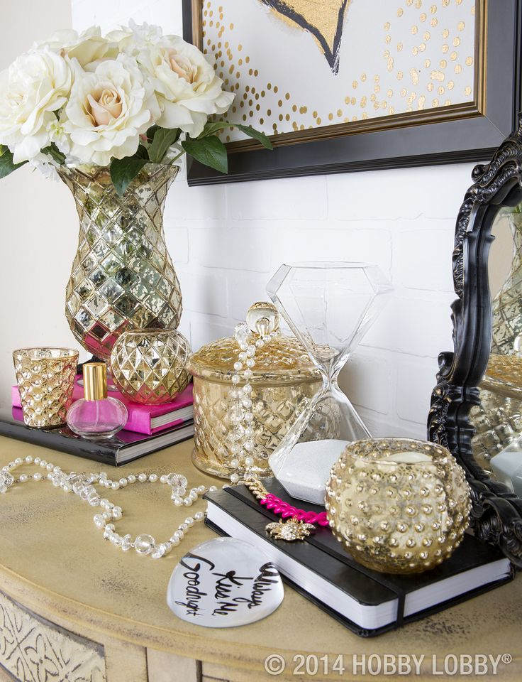 This Nightstand Is All About The Glitz And The Glam Modern Glam Home Decor Pinterest The