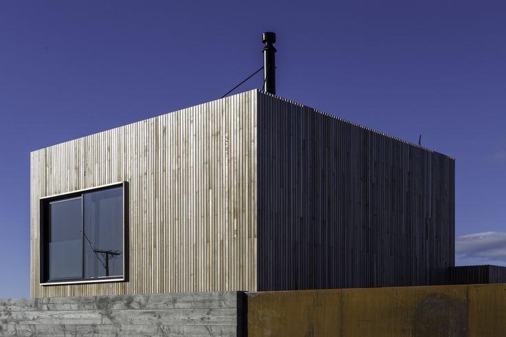 The Whittaker Cube, Kakanui, New Zealand / Dravitzki & Brown