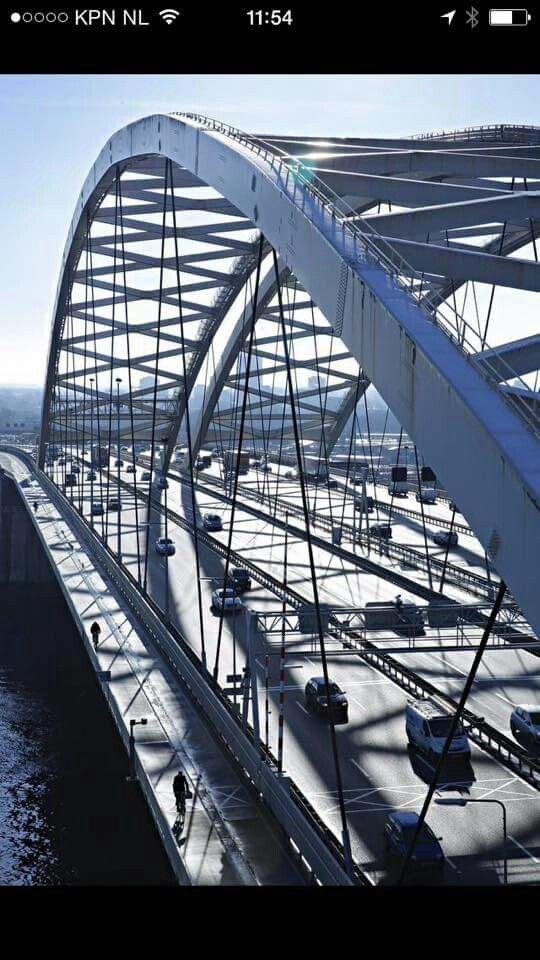 Brienenoordbrug Rotterdam ..