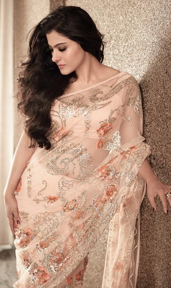 gorgeous Kajol in saree