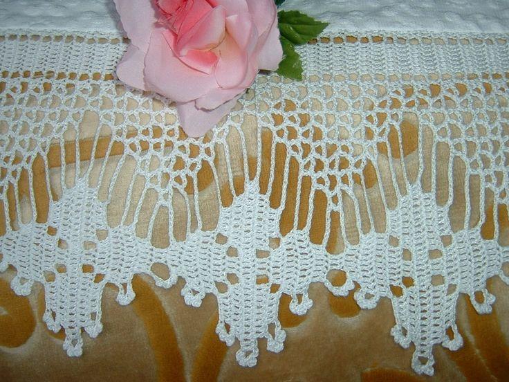 114 best idee crochet per la casa images on pinterest for Pizzi all uncinetto per asciugamani