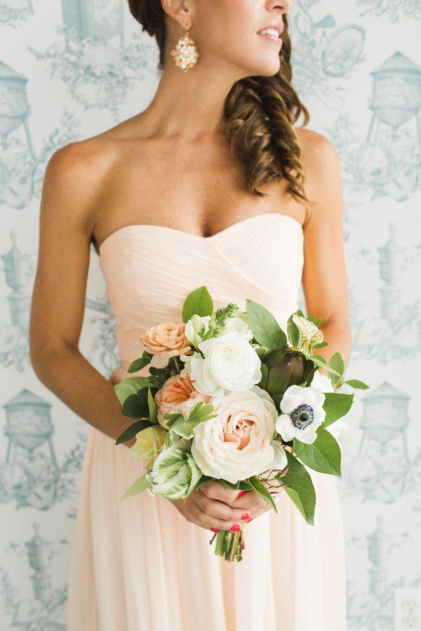 peach and green bouquet - photo by Ashley Caroline http://ruffledblog.com/garden-inspired-wedding-at-brooklyn-winery #weddingbouquet #flowers #bouquets