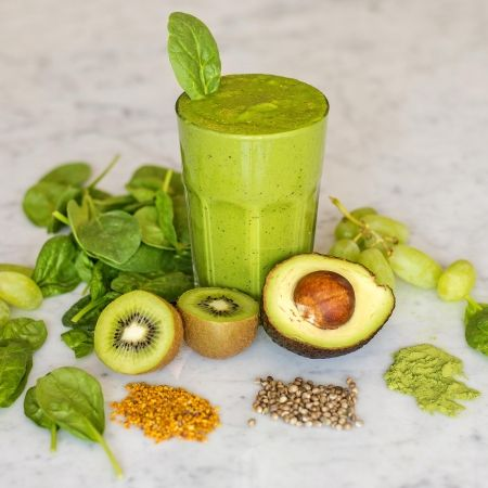 Bloom Boost Green Smoothie with matcha.