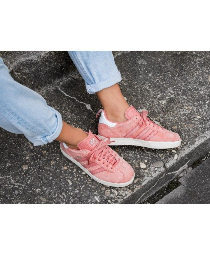 buy popular b65fb 5169d Adidas Gazelle Womens Shoes In Raw Pink White