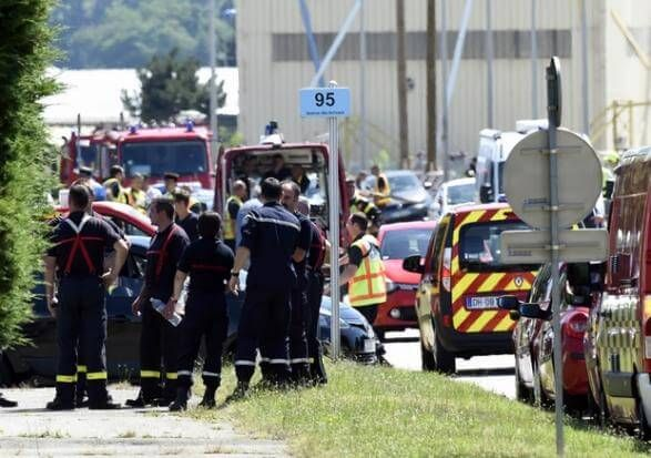 One Dead In French Terrorist Attack On U.S. Owned Gas Factory - http://americans.org/2015/06/26/one-dead-in-french-terrorist-attack-on-u-s-owned-gas-factory/