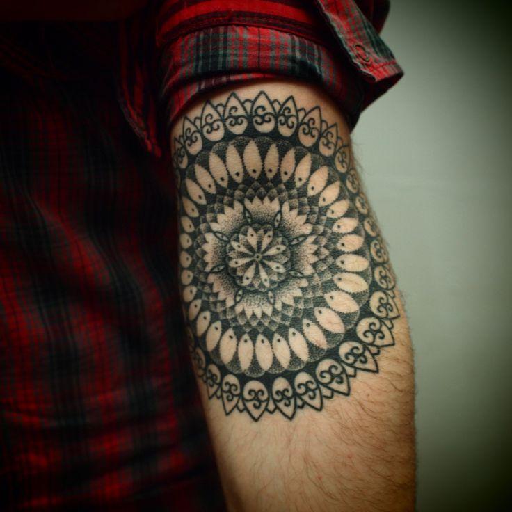 Tattoo: Tattoo Ideas, Tattoo Pattern, Mandalas Tattoo, A Tattoo, Indian Style, Geometric Tattoo, Tattoo Ink, Design Tattoo, Flower Tattoo