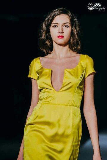 Sunny silk cocktail dress with sparkling details
