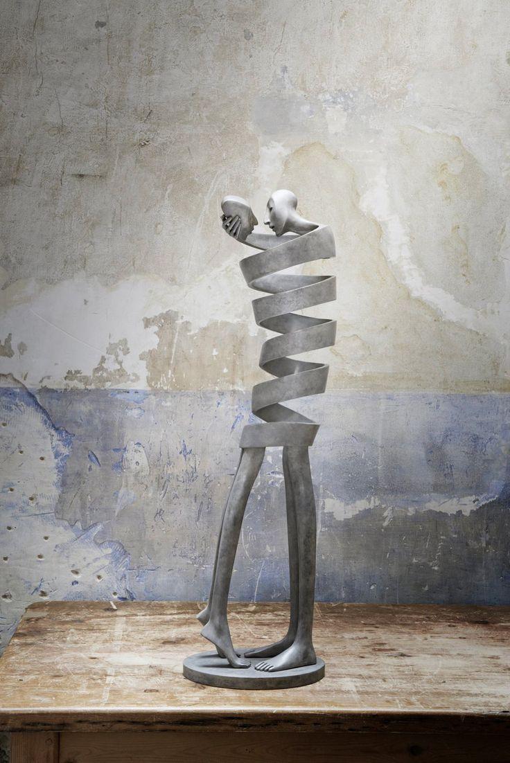 современная скульптура от Isabel Miramontes