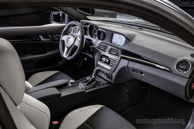 Interior del Mercedes-Benz C 63 AMG Edition 507 - Motor 66