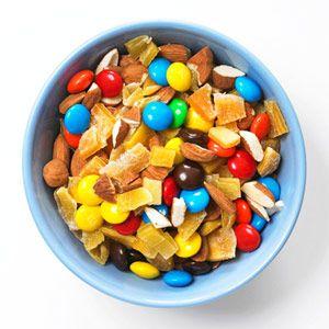 Healthy School Lunches & Snacks: After-School Snack Mixes: Almonds (via Parents.com)