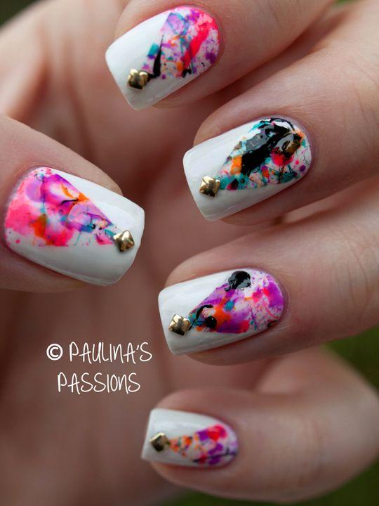 Splatter   #nail #nails #nailart, interesting for Christmas maybe?