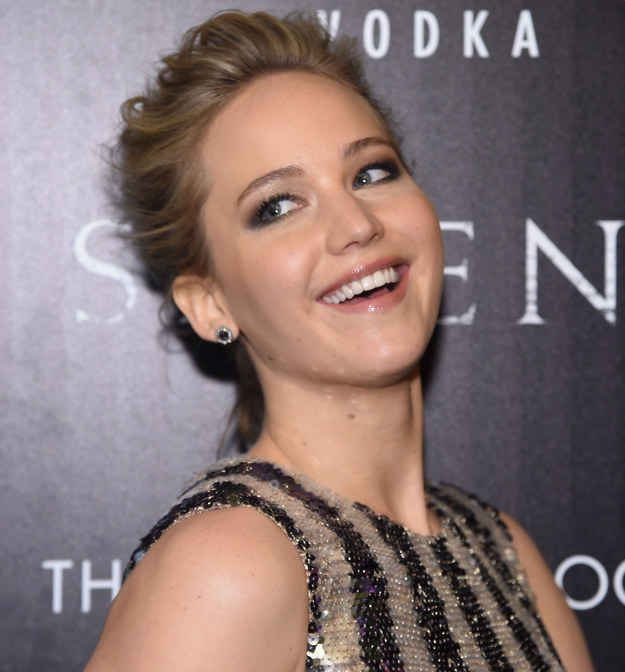 Jennifer Lawrence And Amy Schumer Are Going To Be Sisters (BuzzFeed): hell yes.