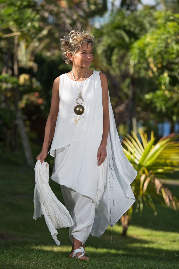 Love the wispy layers & the necklace White mixed silk