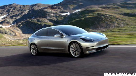 ノルウェーは今後10年で、ガソリン車、そしてディーゼル車の販売を「完全に禁止」する準備を整えている。  ノルウェーの新聞「Dagens Naeringsliv」によると、2025年までにグリーン・エネルギーを利用した自動車にすべて切り替える方針を、与野党間で合意した。
