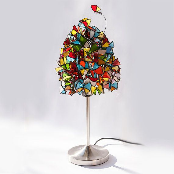 butterfly lamp stained glass table lamp made with glass butterflies. Black Bedroom Furniture Sets. Home Design Ideas