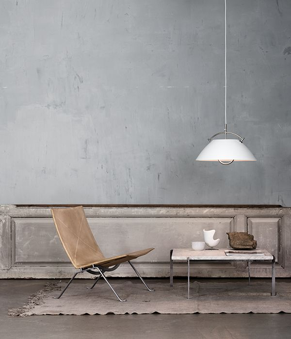 Living Room ǁ Fritz Hansen products: PK22™ chair and PK61™ table by Poul Kjærholm