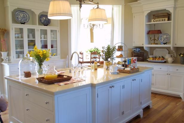 Beautiful hgtv dream home kitchens beautiful cabinets for House beautiful kitchens