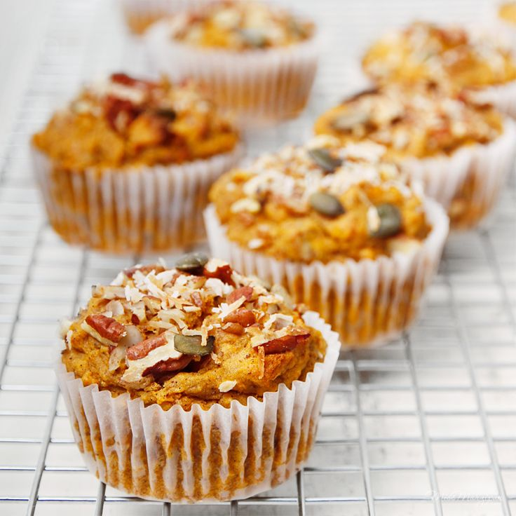the BEST sugar-free, gluten-free muffins ever! #IQS8wp #vegetarian #delicious