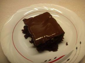ευκολη ζουμερη νηστισιμη σοκολατοπιτα!