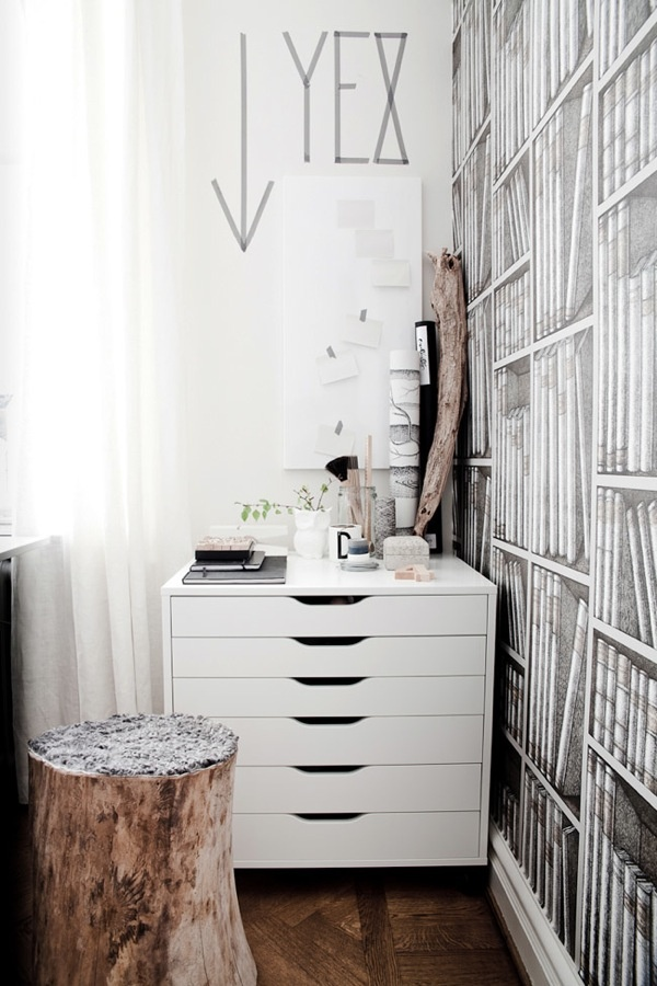 Lovely white space: Decor Ideas, Studios Spaces, Interiors Design, Work Spaces, Awesome Workspaces, Daniella Witt, Drawers, Home Offices, Books Wallpapers