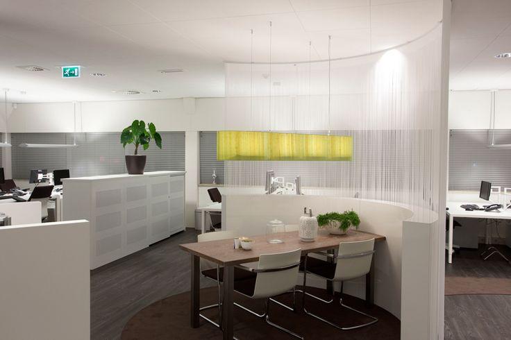 Een interieur waarin mensen gestimuleerd worden om optimaal te functioneren en zich te ontwikkelen. Beter presteren, thuis voelen: inspirerend. New Purpose!