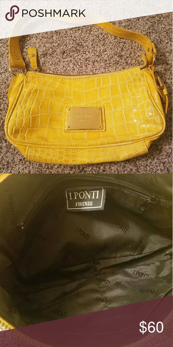 I Ponti Firenze Handbag Very nice condition. Rarely used. No scratches, no tears, and no stains. I Ponti Firenze  Bags Shoulder Bags