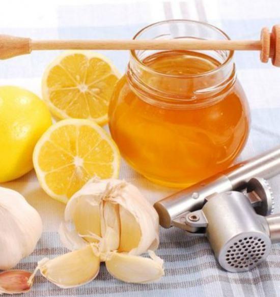 Veľký receptár ľudovej medicíny proti kašľu, nádche a chrípke
